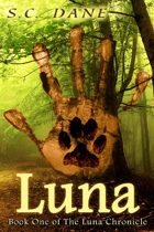 Luna (The Luna Chronicle: Book One)